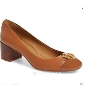 Tory Burch - Everly Cap Toe Pump Tan
